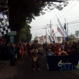 Wabup Malang HM Sanusi (peci hitam di atas panggung) saat menyaksikan festival budaya Gondanglegi ke-7 di tahun 2018 (Nana)