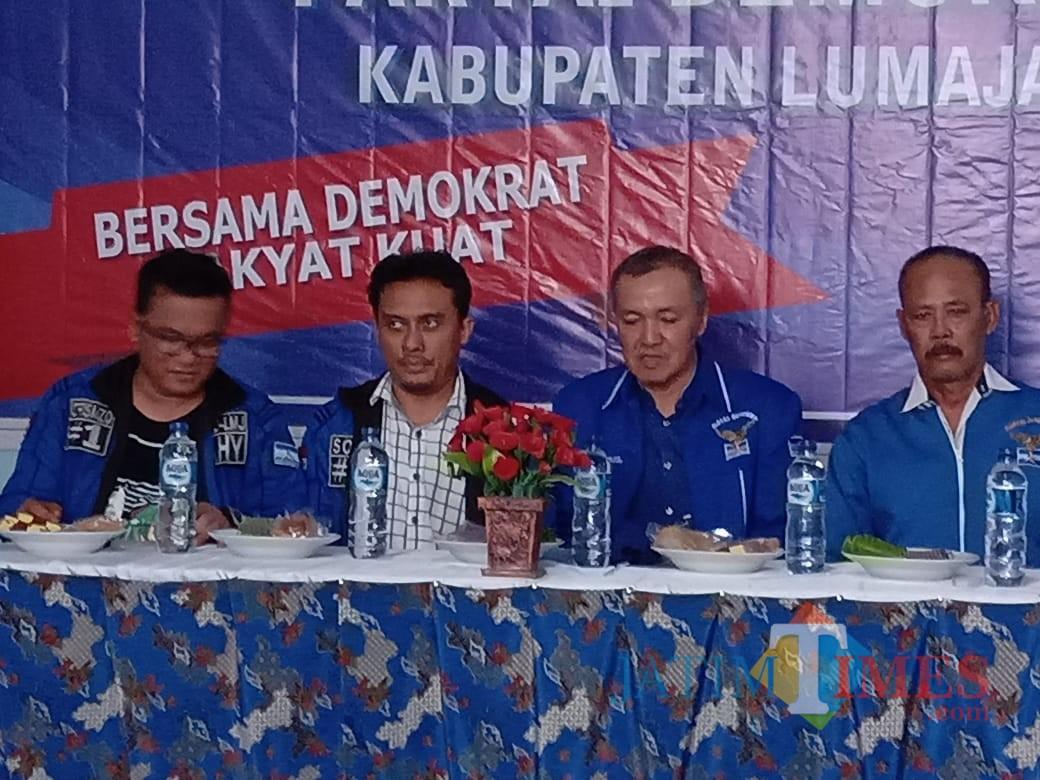 Salah satu acara Grebeg Ranting yang selalu dihadiri oleh Pengurus DPC Partai Demokrat Lumajang (Foto : Moch. R. Abdul Fatah / Jatim TIMES)