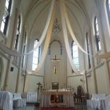 Dalam Gereja Kayutangan (foto: Imarotul Izzah/Malang Times)