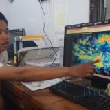 Prakirawan BMKG Banyuwangi, Ibnu Haryo menjelaskan kondisi cuaca di Banyuwangi