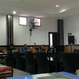 Rachmad Gustomy dalam acara Refleksi Akhir Tahun: Membaca Indonesia yang Terpolar di Fisip UB (foto: Imarotul Izzah/MalangTIMES)