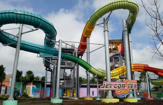 Water slide terbaru yang diberi nama Jet Coaster Slide di Hawai Waterpark menjadi satu-satunya di Indonesia. (Foto: Hezza Sukmasita/MalangTIMES)