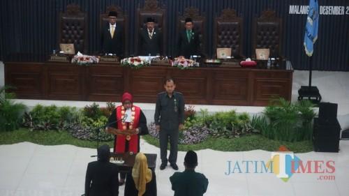 Suasana pelantikan dua Wakil Ketua DPRD Kota Malang, hari ini (27/12/2018). (Foto: Nurlayla Ratri/MalangTIMES)
