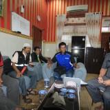 ketua dan pengurus Pokmaswas, ditemui ketua DPRD Agus Rudiyanto Ghofur di ruangannya (Agus Salam/Jatim TIMES)