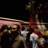 Kondisi kendaraan bus yang terlibat kecelakaan dan video saat evakuasi di TKP, Kamis (27/12/18) dini hari.
