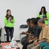 Komunitas AMS memaparkan kegiatan di hadapan OPD dan Camat. (Foto: Istimewa)
