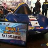 Mobil listrik karya mahasiswa teknik UMM (foto: Imarotul Izzah/Malang Times)