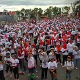 Ribuan peserta senam Padati GOR Lembu Peteng Tulungagung  (Foto : Anang Basso/Tulungagung TIMES)
