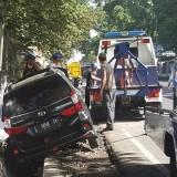 Mau Tahun Baru, Mobil Nyungsep di Selokan, Polisi Minta Warga Tak Sepelekan Kondisi Tubuh Saat Mengemudi