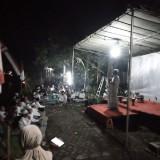 Gus Riza saat memberikan tausiah kepada warga di Dusun Sadengan Desa Rowotengah Sumberbaru Jember