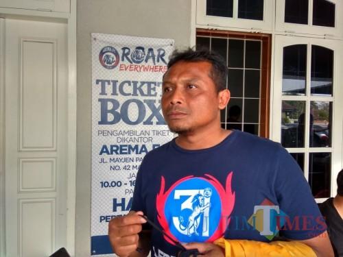 Asisten pelatih Arema FC Kuncoro (Hendra Saputra)