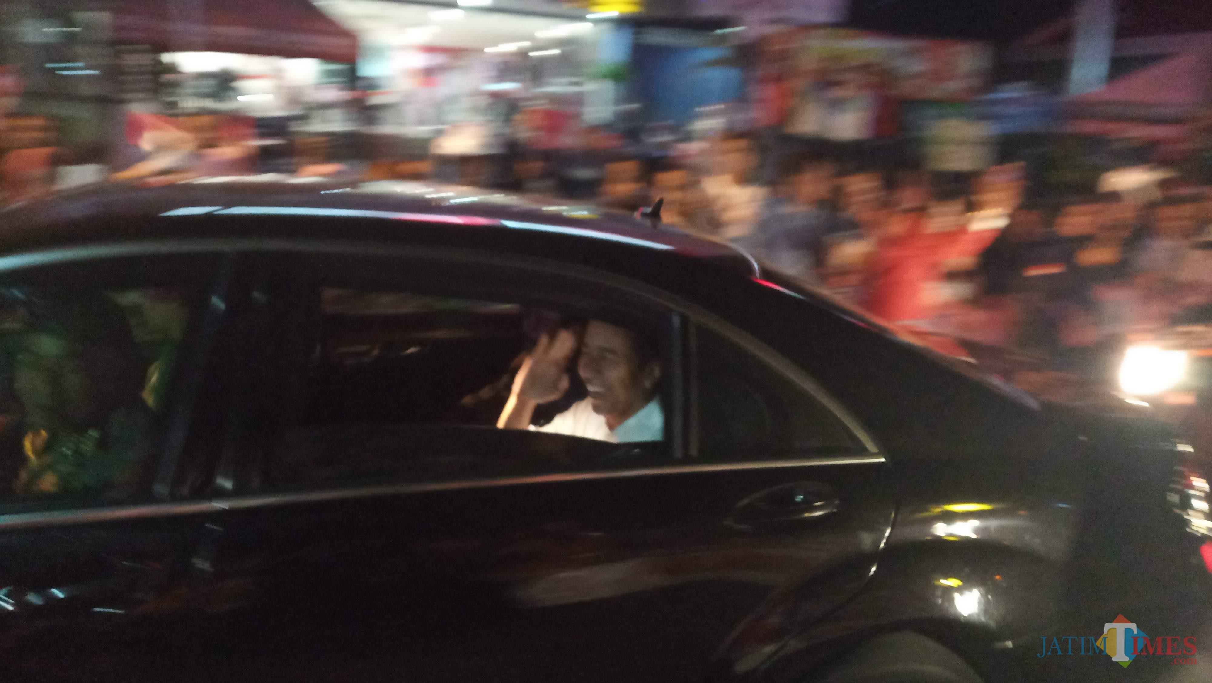 Jokowi saat tiba di Tulungagung (foto :Joko Pramono/Jatimtimes)