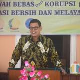 Wali Kota Kediri Abdullah Abu Bakar saat memberikan sambutan di Kantor pengadilan Kediri. (ist)