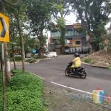 U-turn di Jalan Simpang Ijen yang tembus Jalan Jakarta untuk rencana satu arah (Anggara Sudiongko/MalangTIMES)