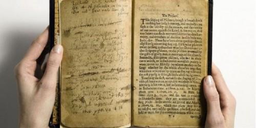Satu dari buku dengan harga fantastik berusia ratusan tahun. (Ist)