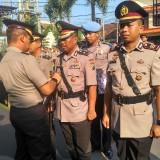 Sertijab kabag sumda dan kasat reskrim di halaman Mapolres Tulungagung / Foto : Anang Basso / Tulungagung TIMES