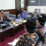 FGD IAI Syarifudin Lumajang bersama Bupati Thoriqul Haq. (Foto: Istimewa)