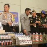 Rokok tanpa cukai dengan berbagai merek siap edar yang berhasil diamankan Bea Cukai Malang. (Foto: Nurlayla Ratri/MalangTIMES)