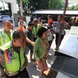 Korban Novi saat melapor ke Mapolresta Probolinggo, Rabu kemarin