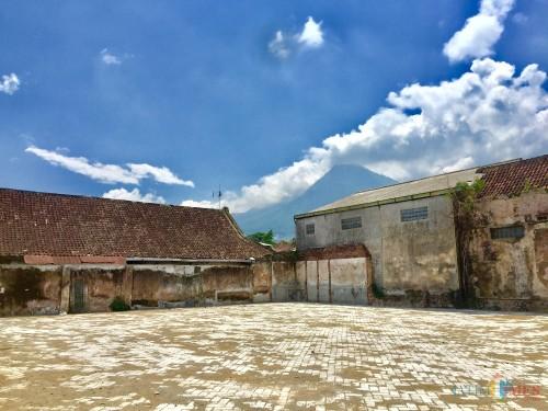 Lahan untuk relokasi PKL di selatan GOR Ganesha telah usai. (Foto: Irsya Richa/MalangTIMES)