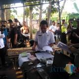Bupati Lumajang H. Thoriqul Haq M.ML dan Kapolres Lumajang AKBP DR. Muhammad Arsal Sahban (Foto : Moch. R. Abdul Fatah / Jatim TIMES)