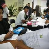 Suasana pemberkasan CPNS di kantor BKD Kota Malang. (Foto: Nurlayla Ratri/MalangTIMES)