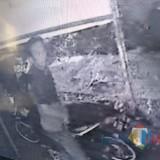 Rusak Banner Caleg PDIP, Terekam CCTV