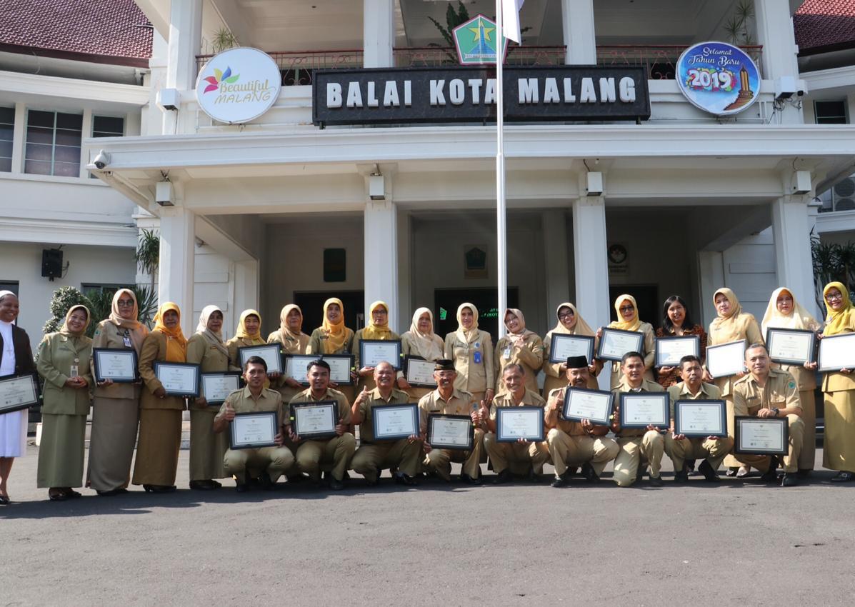 Deretan sekolah penerima Anugerah Adiwiyata Tingkat Kota Tahun 2018 (Humas Pemkot Malang for MalangTIMES)