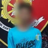 R masih berusia 17 tahun berhasil ditangkap polisi (Foto : Moch. R. Abdul Fatah / Jatim TIMES)
