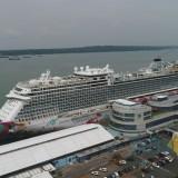 Kapal Pesiar Genting Dream Cruise saat bersandar di Pelabuhan Tanjung Perak