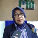Plt Direktur PDAM Kota Malang Anita Sari saat dimintai keterangan oleh awak media. (Pipit Anggraeni/MalangTIMES).