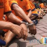 Tersangka kasus pencabulan yang diamankan polisi di Kabupaten Malang. (Foto : Dokumen MalangTIMES)