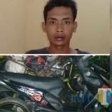 Yanto, tersangka beserta sepeda motor hasil curian yang diamankan polisi. (Foto : Polsek Pagelaran for MalangTIMES)