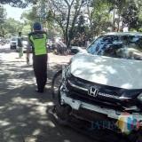 Kondisi kendaraan paska terlibat kecelakaan beruntun, Kecamatan Kepanjen (Foto : Pos Lantas Polsek Kepanjen for MalangTIMES)