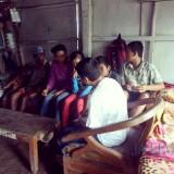Empat sekawan yang kini tak bisa bersekolah lagi lantaran GWD ditutup Disbudpar sehingga sumber penghasilan orang tuanya dengan membuka warung terhenti