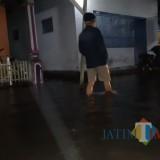 Situasi banjir rob di Dusun Pesisir Utara Dan Selatan, Desa Kilensari, Kecamatan Panarukan Kabupaten Situbondo, Jawa Timur (Foto Heru Hartanto/Situbondo TIMES)