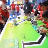 Ratusan Pelajar Adu Kreativitas Lewat Lomba Robotik