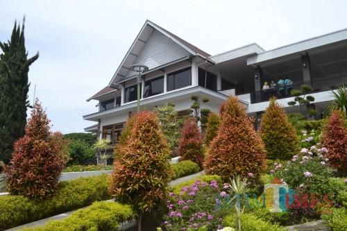 Vila Bima Shakti berada di kawasan Taman Rekreasi Selecta, Desa Tulungrejo, Kecamatan Bumiaji. (Foto: istimewa)