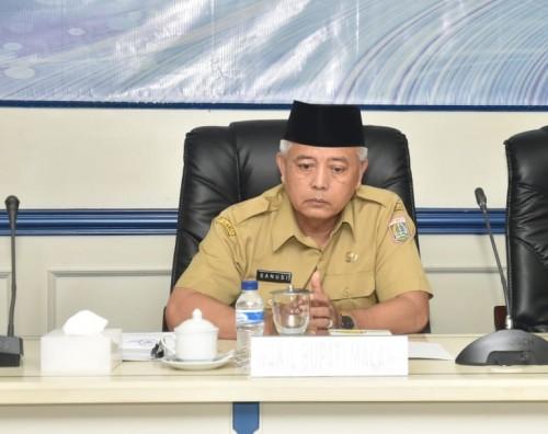 Wabup Malang Sanusi memperingatkan kepala OPD untuk berkinerja baik agar tidak terkena sanksi. (Humas)