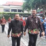 Sehari setelah dilantik wali dan wakil walikota Probolinggo, Hadi Zainal Abidin, keliling kantor OPD didampingi HMS Soufis Subri (Agus Salam/Jatim TIMES)