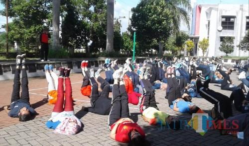 Kegiatan penggemblengan mental dan fisik dalam rangkaian persiapan petugas pajak BP2D Kota Malang. (Foto: BP2D Kota Malang for MalangTIMES)