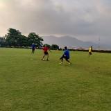 Latihan penjaga gawang Arema FC (Hendra Saputra)