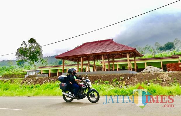 Rest area sudah terbangun�di Jalibar Desa Oro-Oro Ombo, Kecamatan Batu. (Foto: Irsya Richa/MalangTIMES)