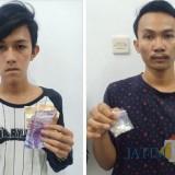 Dua pengedar pil trex yang berhasil diamankan Tim Reskrim Polsek Kota Banyuwangi