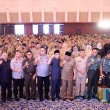 Rapat Koordinasi/Rakor Ketertiban dan Keamanan di Wilayah Provinsi Jatim Tahun 2019 di Convention Hall Grand City Surabaya, Senin (4/2).