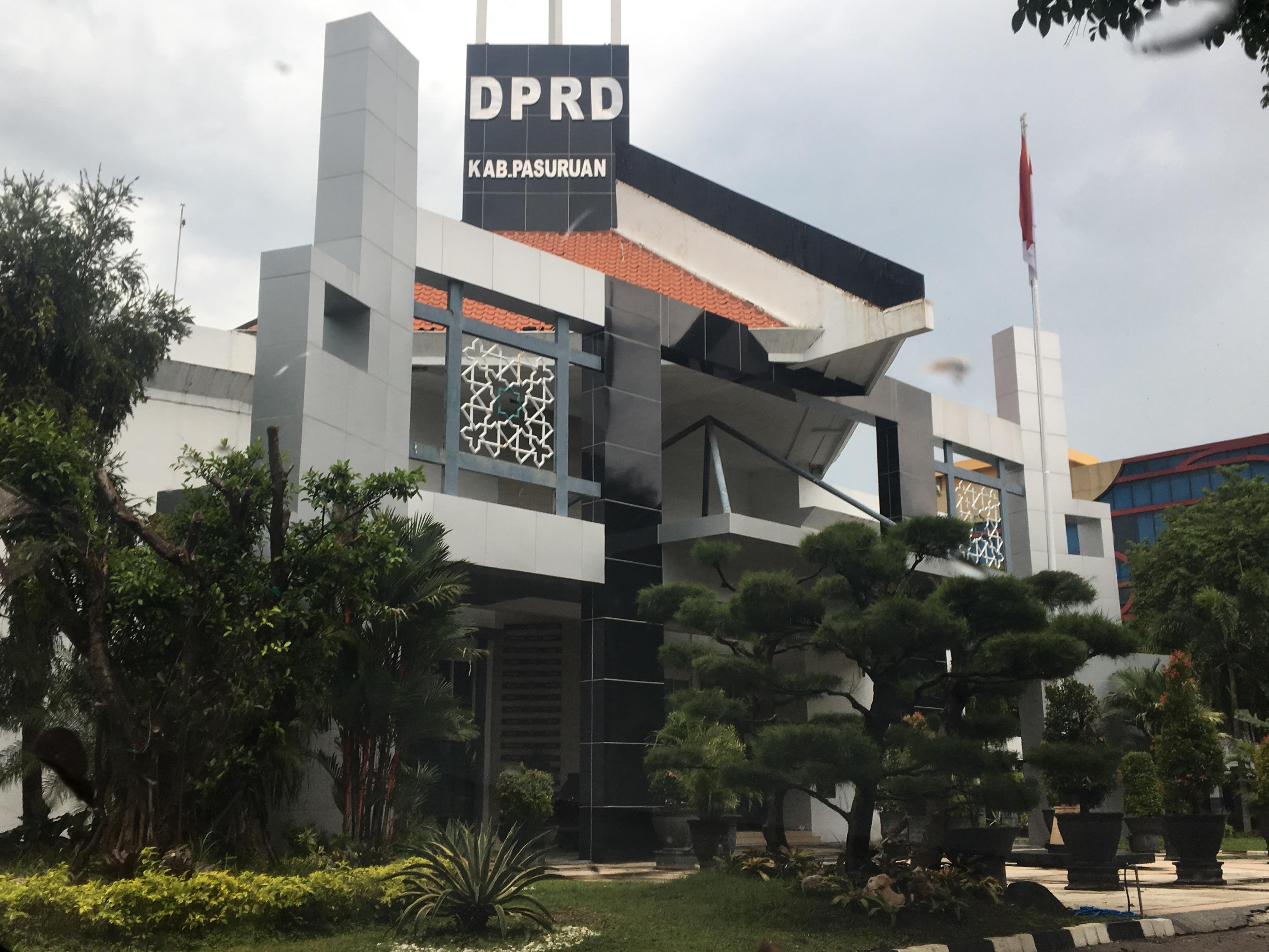 Gedung DPRD Kabupaten Pasuruan.