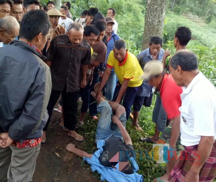 Korban ditemukan bakda subuh, kecelakaan diduga terjadi tengah malam (Foto : Dokpol / TulungagungTIMES)