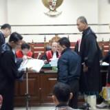 Wali Kota Setiyono ketika menjadi saksi atas terdakwa M Baqir.
