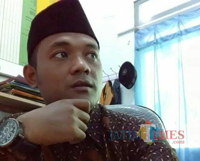 Kepala Sekolah MI Alfalah Ngebong, Abdul Malik / Foto : Profil WA Abdul Malik / Tulungagung TIMES
