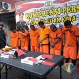 Tujuh tersangka kasus narkotika diamankan Polres Blitar Kota.(Foto : Team BlitarTIMES)